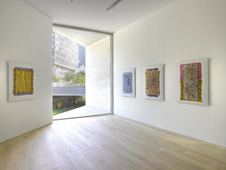 "Stefano Bianchi, ""Stracci"", 2005, Collection Mudam Luxembourg, Donation 2006 – Ada et Simone Schmitt. Exposition au Mudam 04.04 – 01.07.2007"