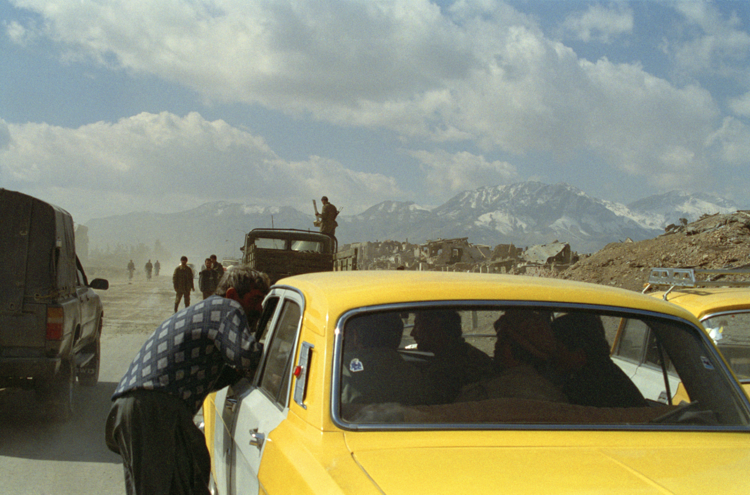 Robert Knoth & Antoinette de Jong Poppy - Trails of Afghan Heroin, 2012
