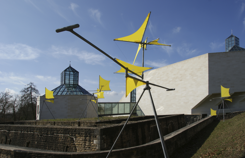 Œuvre présentée dans le cadre de l'exposition Susumu Shingu . Spaceship, Mudam Luxembourg, 2018