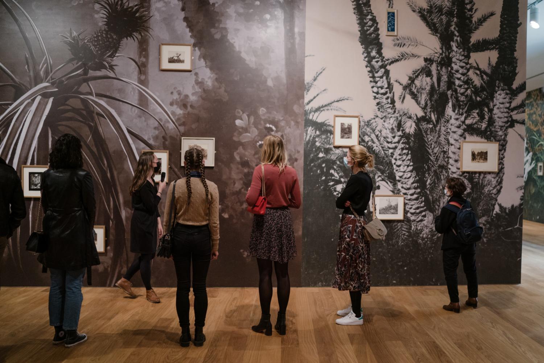 """Visite de l'exposition """"Enfin seules. Photographies de la collection Archive of Modern Conflict"""""""
