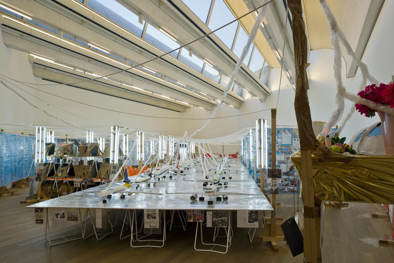 "Thomas Hirschhorn, ""Flugplatz Welt / World Airport"", 1999. Collection Mudam Luxembourg. Acquisition 2000. Vue de l'exposition au Mudam, 21.11.2012 – 26.05.2013"