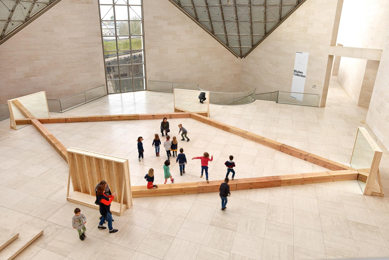 """Vue de l'exposition """"Robert Morris. The Perceiving Body"""", 08.02.2020 — 26.04.2020, Mudam Luxembourg"""